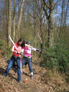 field archery taking aim